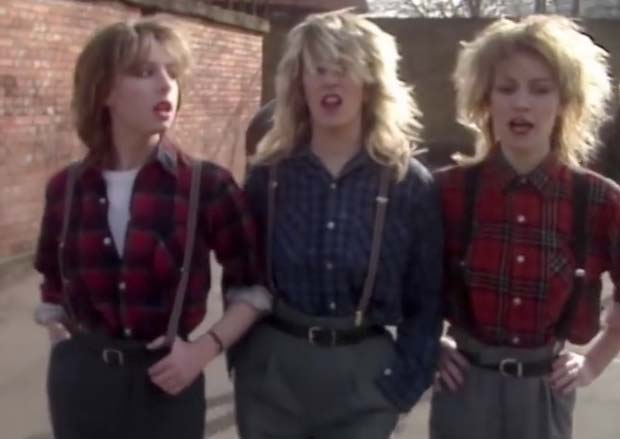 Bananarama - Na Na Hey Hey Kiss Him Goodbye - Official Music Video