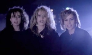 Bananarama - Robert De Niro's Waiting