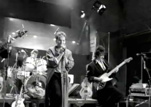 Cutting Crew - (I Just) Died In Your Arms - Official Music Video