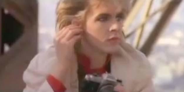 Duran Duran - A View To A Kill - Official Music Video