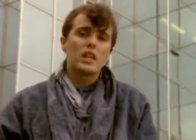 Tears For Fears - Change - Official Music Video