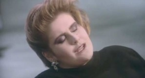 Alison Moyet - That Ole Devil Called Love - Official Music Video