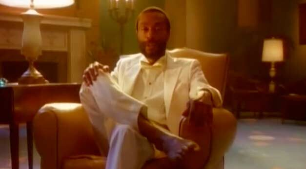 Bobby McFerrin - Don't Worry Be Happy - Official Music Video