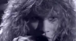 Bon Jovi - Livin' On A Prayer - Official Music Video