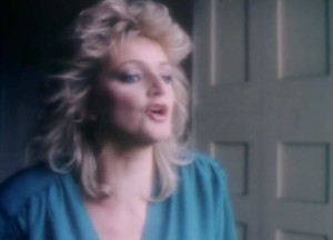 Bonnie Tyler - Have You Ever Seen The Rain? - Official Music Video.