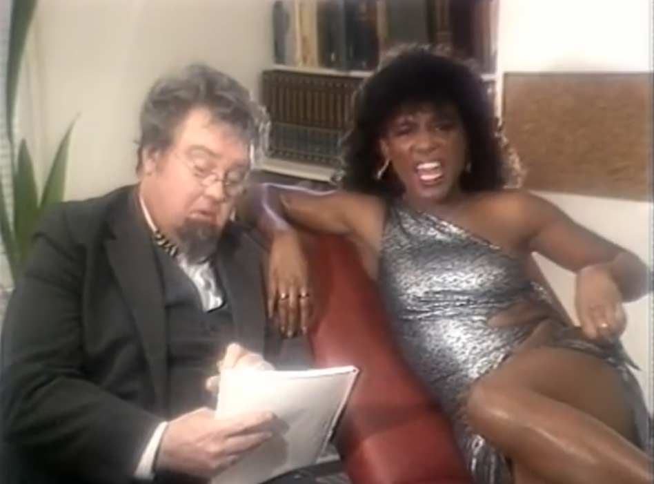 Sinitta - So Macho - Official Music Video