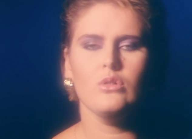 Alison Moyet - All Cried Out - Official Music Video