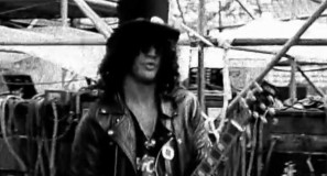 Guns N' Roses - Paradise City - Official Music Video