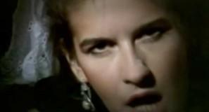 Valerie Dore - Get Closer - Official Music Video