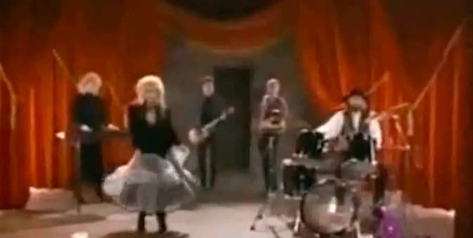 Fleetwood Mac - Big Love - Official Music Video