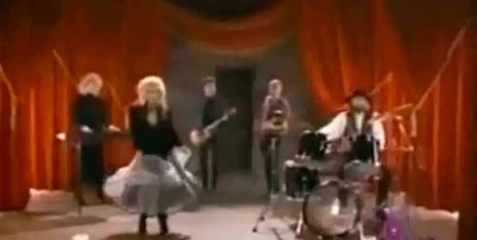 Fleetwood Mac - Big Love - Official Music Video