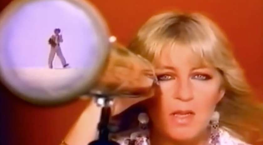 Fleetwood Mac - Hold Me - Official Music Video