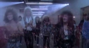 Whitesnake - Give Me All Your Love - Official Music Video