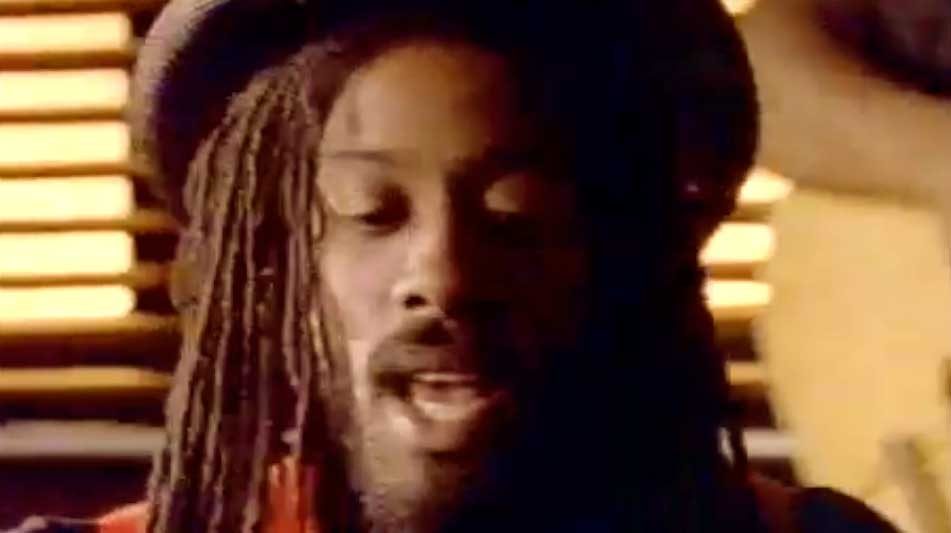 Aswad - Don't Turn Around - Official Music Video