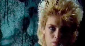 Kim Wilde - Dancing In The Dark - Official Music Video