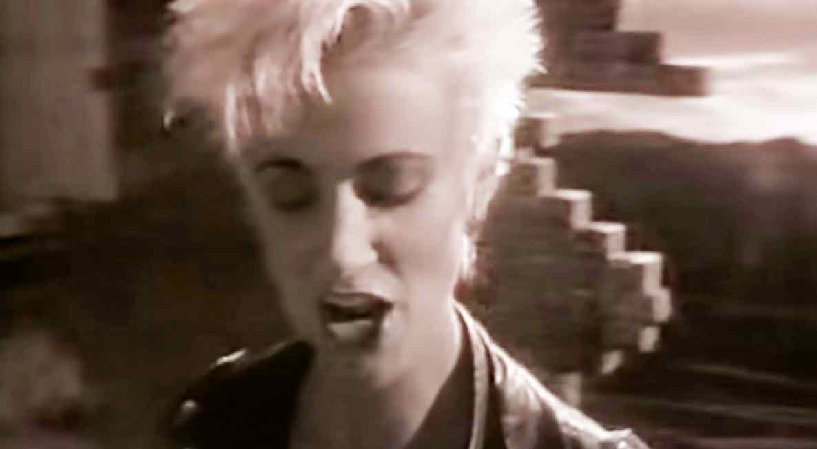 Roxette - Dressed For Success - Official Music Video