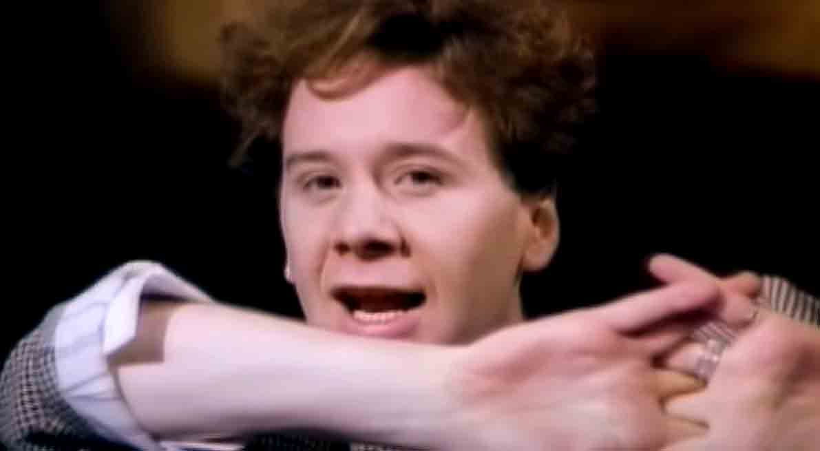 Simple Minds - Don't You (Forget About Me) - Official Music Video
