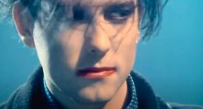 The Cure - Fascination Street - Official Music Video