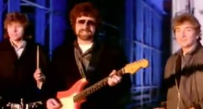 Electric Light Orchestra Calling America Official Music Video