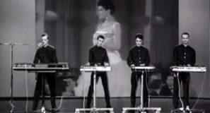 Kraftwerk Das Model Official Music Video