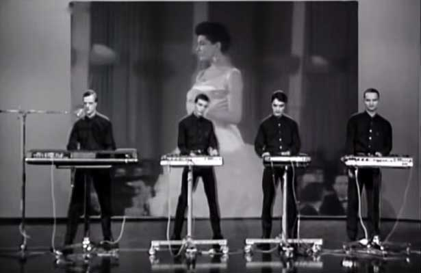 Kraftwerk Das Model Official Music Video