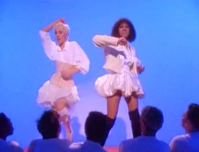 Pepsi & Shirlie - Heartache - Official Music Video