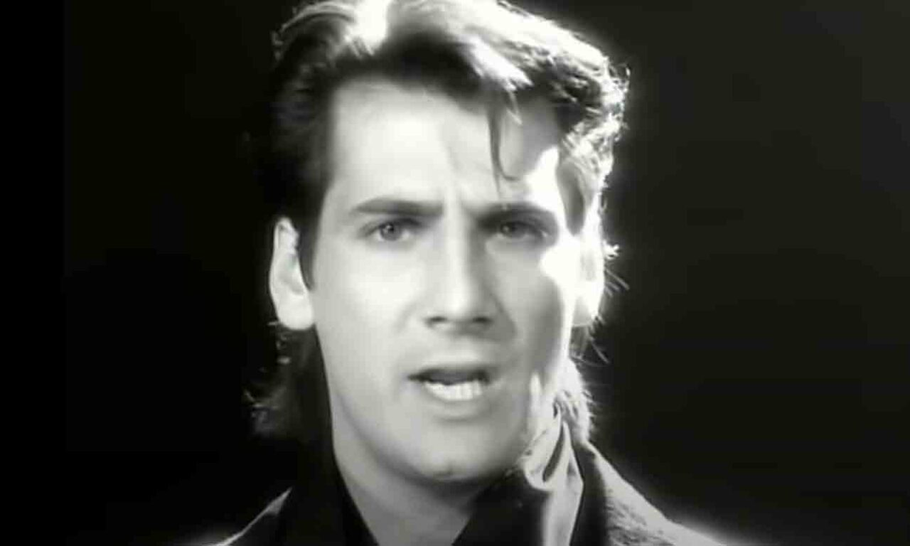 Spandau Ballet - Round And Round - Official Music Video