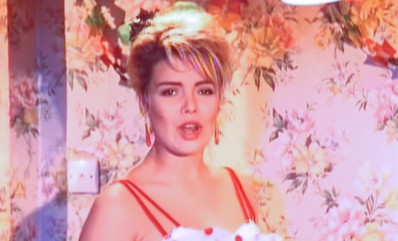 Mel Smith & Kim Wilde - Rockin' Around The Christmas Tree