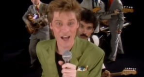 Daryl Hall & John Oates - Private Eyes - Official Music Video
