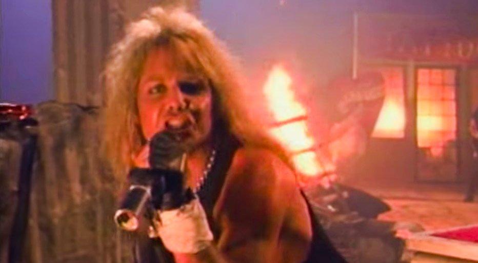Mötley Crüe - Dr. Feelgood - Official Music Video