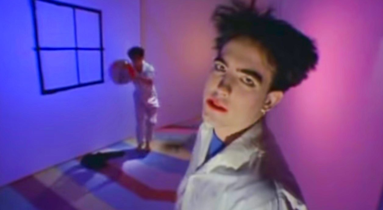 The Cure - Let's Go To Bed - Official Music Video