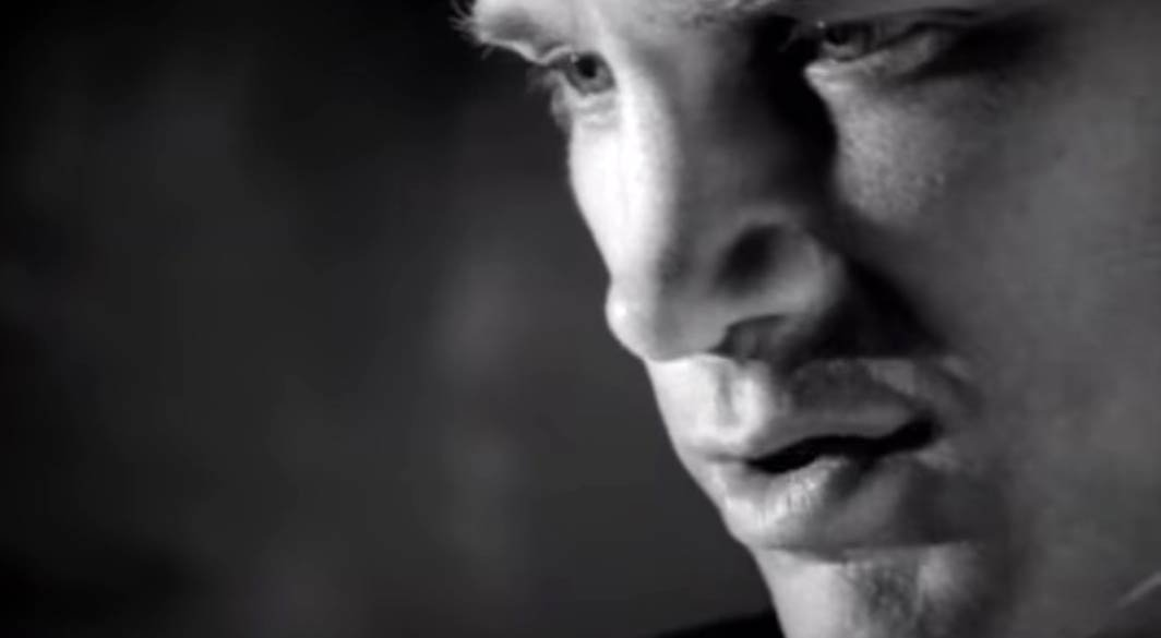 Chris Isaak - Don't Make Me Dream About You - Official Music Video