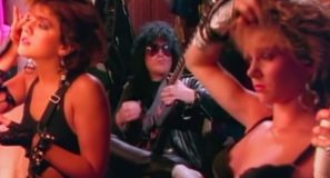 Mötley Crüe - Girls Girls Girls - Official Music Video