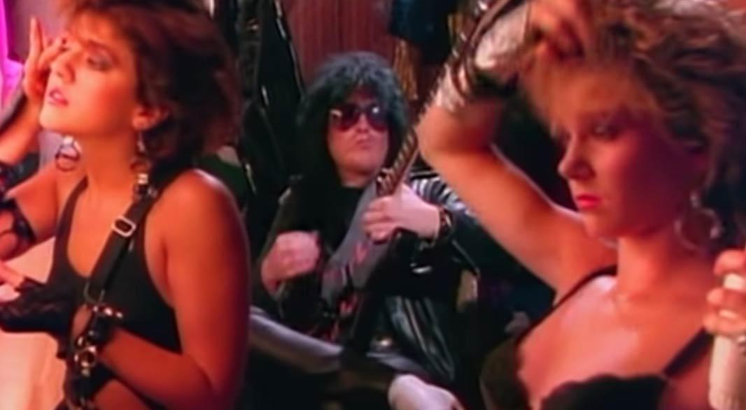 Mötley Crüe - Girls Girls Girls - Official Music Video