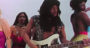 Rick James - Super Freak - Official Music Video