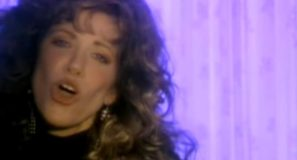 Carly Simon - Coming Around Again - Official Music Video