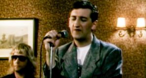 Jimmy Nail - Love Don't Live Here Anymore - Official Music Video