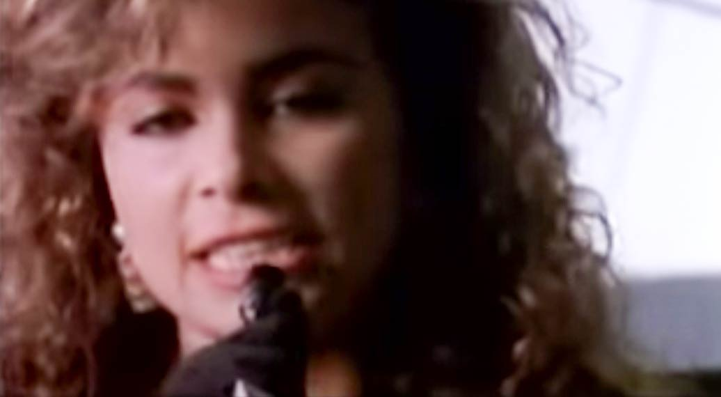Paula Abdul - (It's Just) The Way That You Love Me - Official Music Video