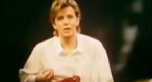 Scritti Politti - The Word Girl - Official Music Video