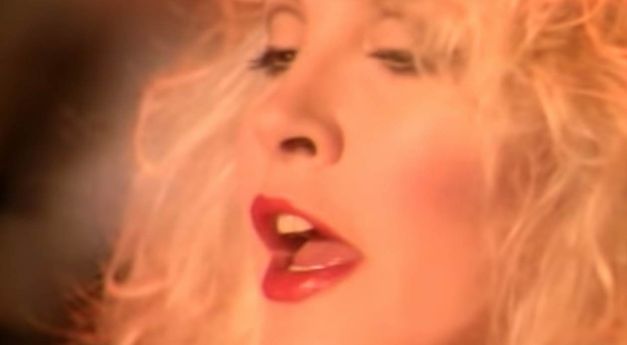 Stevie Nicks - Rooms On Fire - Official Music Video