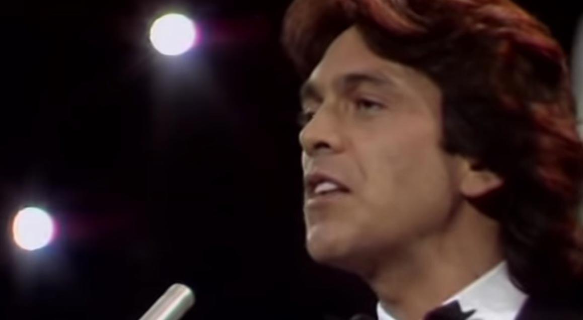 Riccardo Fogli - Storie di tutti i giorni - Music Video