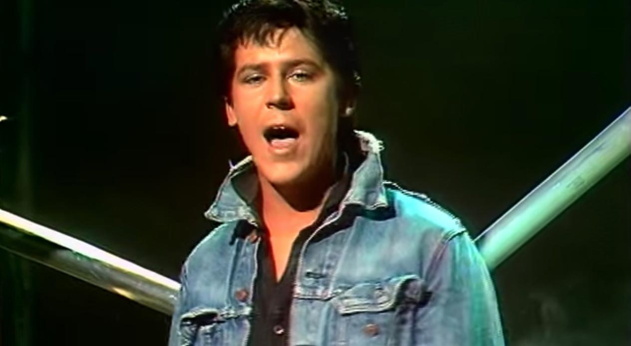 Shakin' Stevens - This Ole House - Music Video