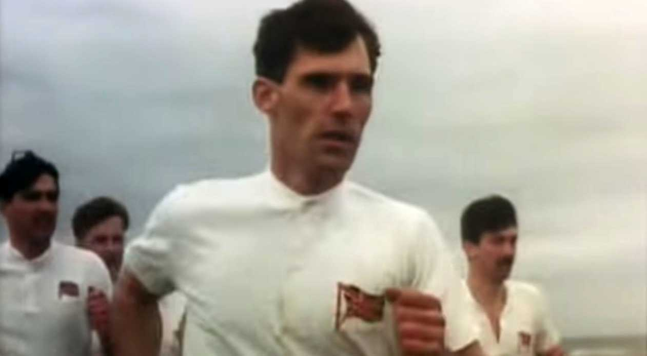 Vangelis - Chariots Of Fire - Official Music Video