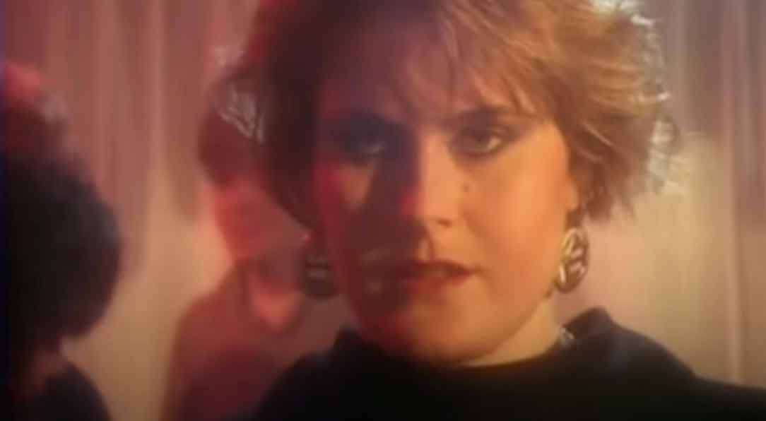 Alison Moyet - Invisible - Official Music Video