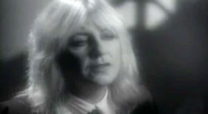 Christine McVie - Got A Hold On Me