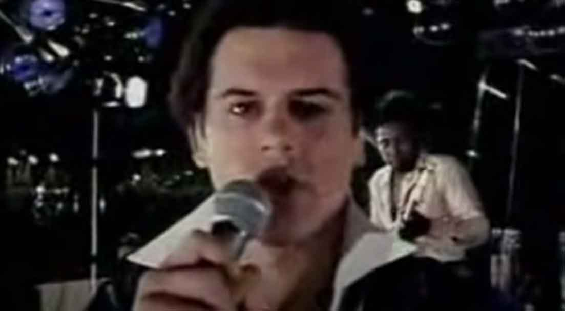 KC and the Sunshine Band - Please Don't Go - Official Music Video