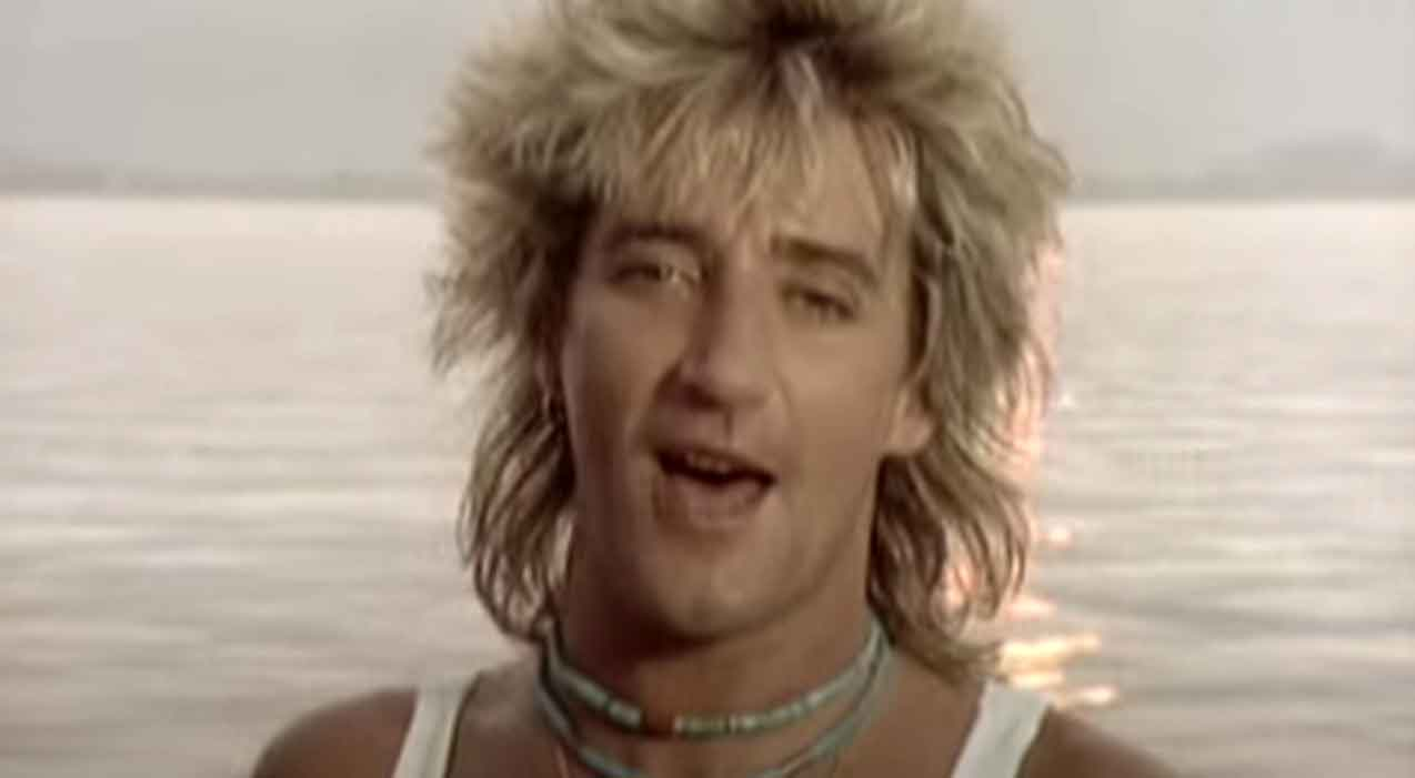Rod Stewart - What Am I Gonna Do (I'm So In Love With You) - Official Music Video