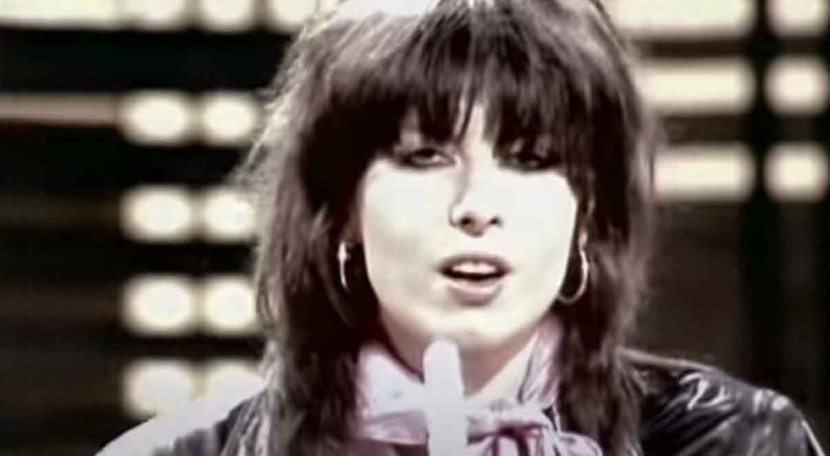 The Pretenders - Talk of the Town - Official Music Video