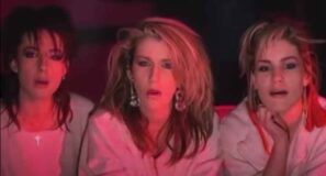 Bananarama - Robert De Niro's Waiting - Official Music Video