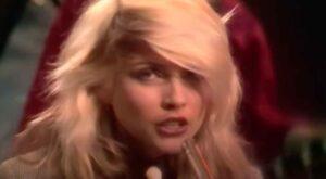 Blondie - Sunday Girl (1979)